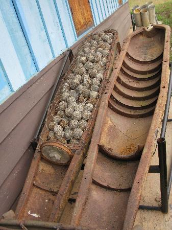 Uxo Lao: Interior of a cluster bomb
