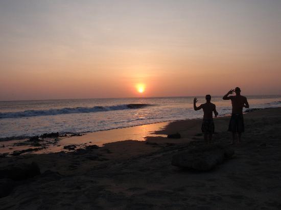 Buena Onda Beach Resort: winke - winke