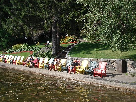 Many Muskoka Chairs Are Placed Around The Resort Picture Of Clevelands House Minett