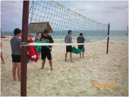 Hotel Roc Santa Lucia: Beach