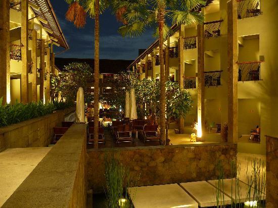 All Seasons Legian Bali: hotel de nuit