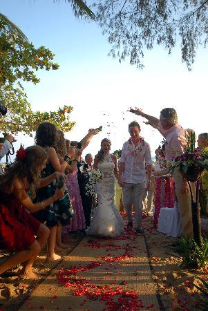Rocky's Boutique Resort: After Ceremony