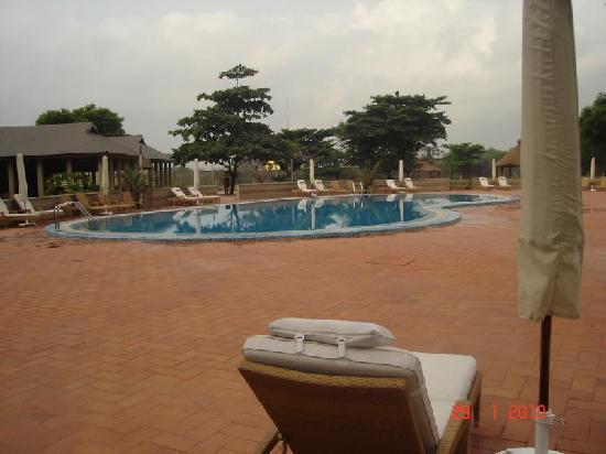 Golden Tulip Festac Lagos: The Pool