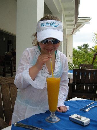 west bay club mango smoothie