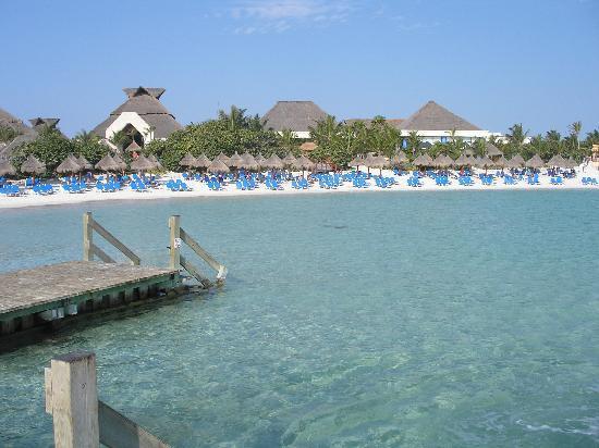 Grand Bahia Principe Coba: Beach.