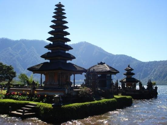 Lake Bratan, Ubud, Bali