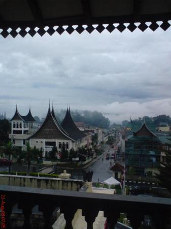 Bukittinggi from The Hills