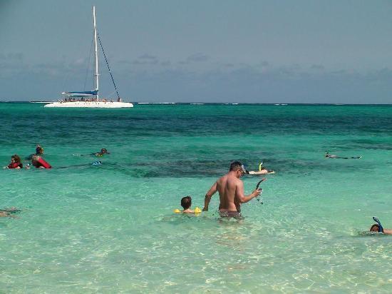 Sol Rio de Luna y Mares: snorkelling place - very near the shore