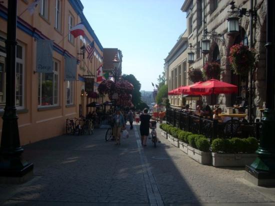 Beautiful downtown Victoria