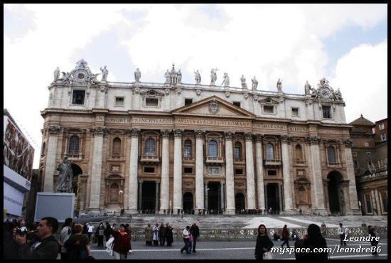 Peterskirken: San Pietro (18.2.2010)  VATICAN CITY