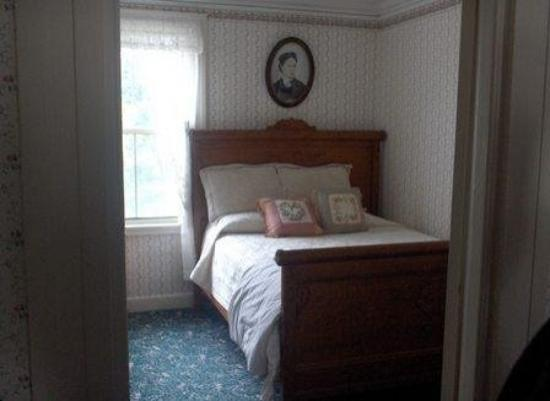 Lizzie Borden House: Lizzie's Sister Emma's Room