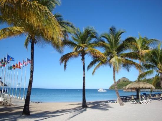 Sandals Grande St. Lucian Spa & Beach Resort: Sandals beach... again