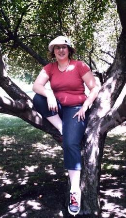 Palmyra, NY: Me in a tree on the Whitmer Farm.