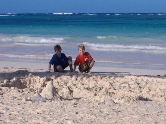 Bavaro Beach: look at that water!