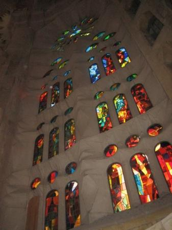 Zermatt, Sveits: Stained glass in Barcelona at Gaudi Cathedral