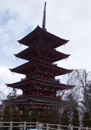 Saishoin Temple: 東北一の五重塔