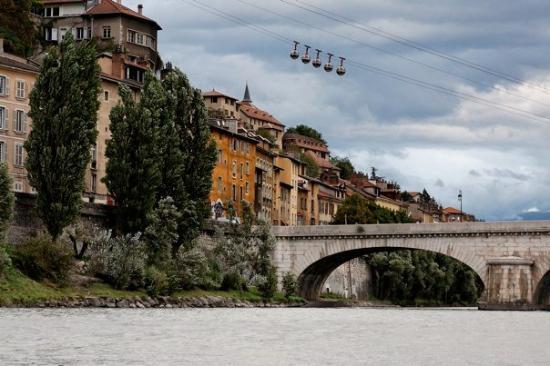 Grenoble, France : La bastille