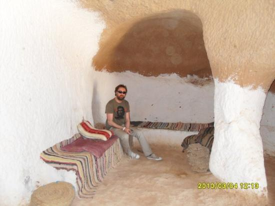 Port El Kantaoui, Tunisia: at the underground cave dwellers place (troglodytes)...Mark is just visiting..