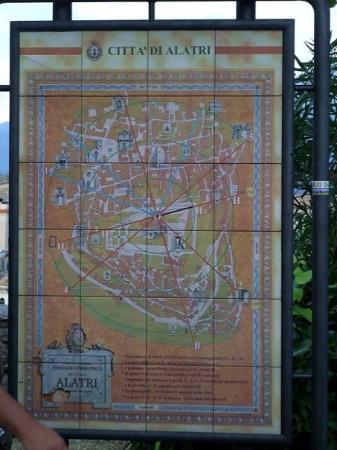 l'orientamento delle città di Alatri sui solstizi