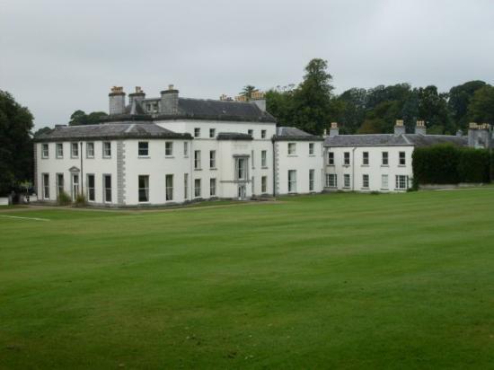 Cork, Irland: Fota house..greeeeen grass!