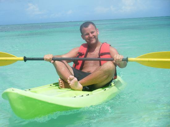 Meliá Caribe Tropical: Watersports on the clear sea, lovely n hot