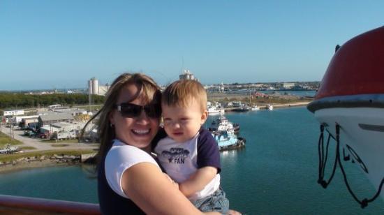 Surfers Paradise, Australia: Tristin's 1st Cruise, we went to Bahamas!!!