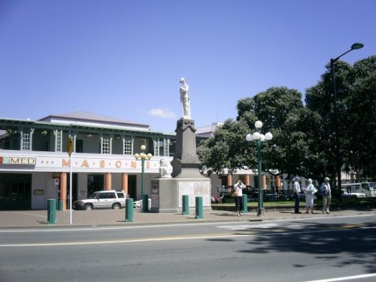 Napier, New Zealand: statue