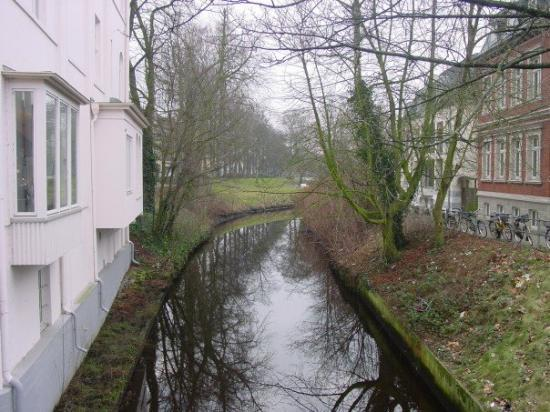 Oldenburg, Tyskland: Some channel in the city