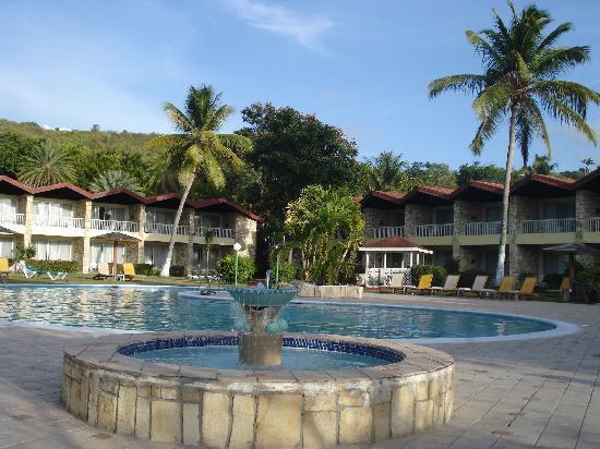 Halcyon Cove by Rex Resorts: Pool