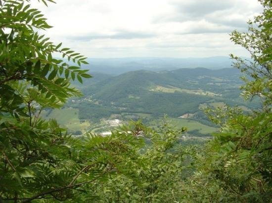 West Jefferson, Carolina do Norte: from on top of the mtn