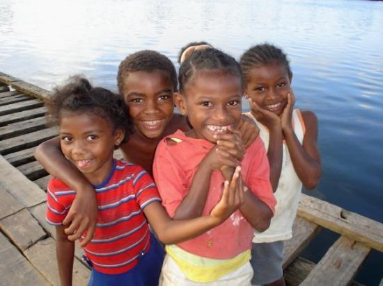 Antananarivo, Madagaskar: Ueberall chind! und immer am lache ;-)
