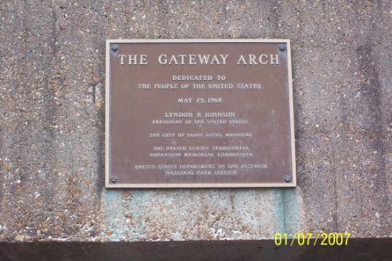 Saint Louis, MO: Gateway Arch Plaque