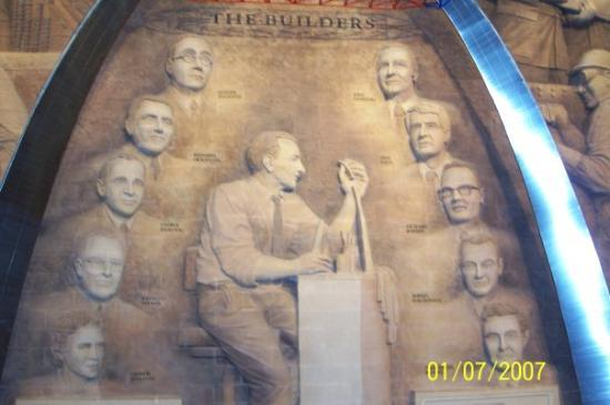 Saint Louis, MO: Builders