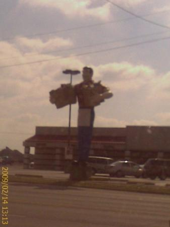 Metropolis, IL: They love their statues...