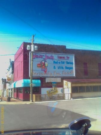 Metropolis, IL: Great chili dogs...