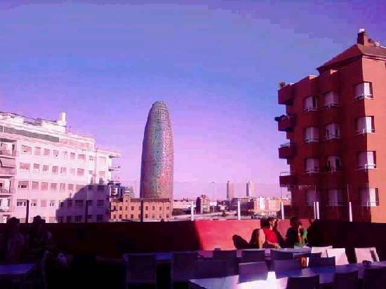 Barcelona, Spania: A view from my hostel