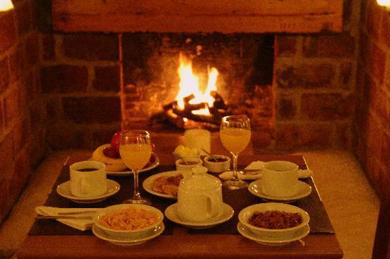 La Raclette Hosteria y Restaurant: Desayuno