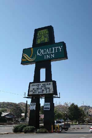 Quality Hotel Americana Nogales: Welcome to Quality Inn Nogales