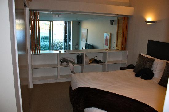 Swiss-Belsuites Pounamu Queenstown: Main bedroom in two bedroom apartment