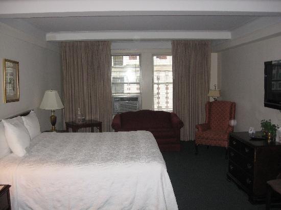 Salisbury Hotel: King Room