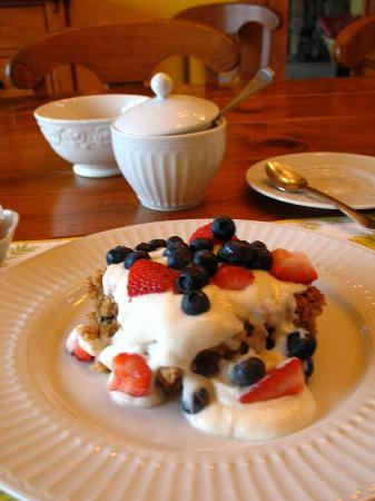 Sky Valley Inn Bed and Breakfast: breakfast