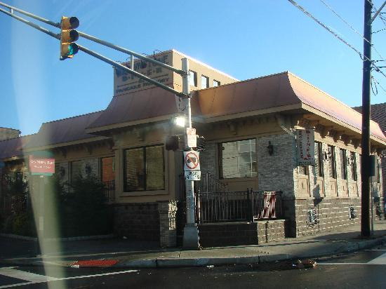 Brownstone Diner & Pancake Factory