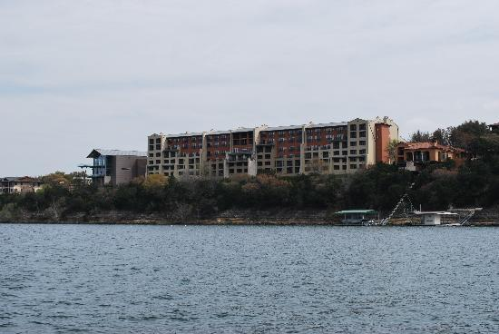 Lakeway Resort and Spa: Hotel from lake