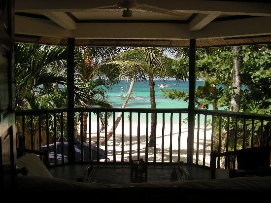 The Greenhouse (Boracay Beach House) : this is what you wake up to