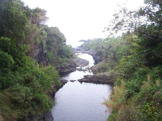 Lahaina, HI: Seven Sacred Pools