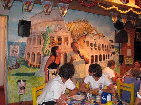 Cafe Roma: Jamie and Jamie !