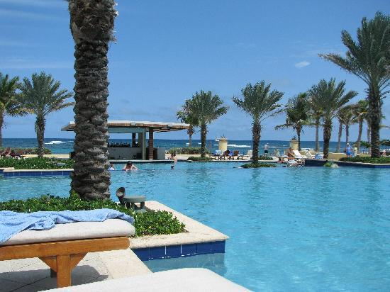 The Westin Dawn Beach Resort & Spa, St. Maarten: Pool Area