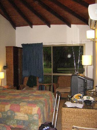 Aurora Kakadu Resort: Our room.