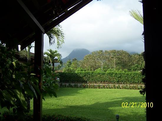 Arenal Green Hotel: The view from our room at Arenal Green