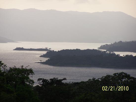 Arenal Green Hotel: Arenal Lake
